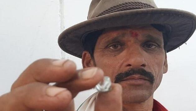 2,5 dolara kiraladığı tarlada elmas buldu, 1 günde zengin oldu!