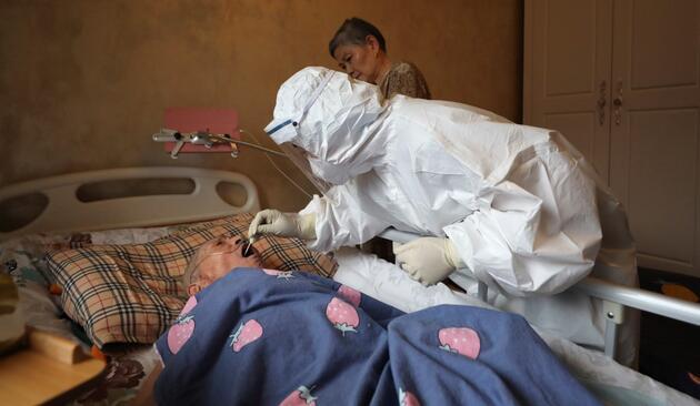 Koronavirüs salgınını haber yapan Çinli gazeteciye hapis cezası