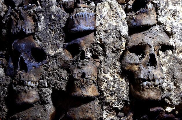 Meksika'da ürperten keşif: Aztek 'Kafatası Kulesi'nin yeni kısımları ortaya çıktı