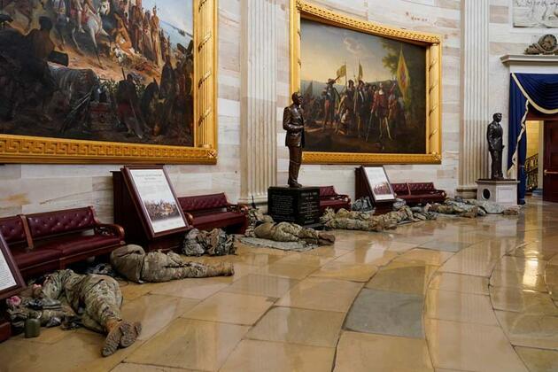 Son dakika haberi... Dünya bu fotoğrafları konuşuyor! Kongre'den şoke eden görüntüler