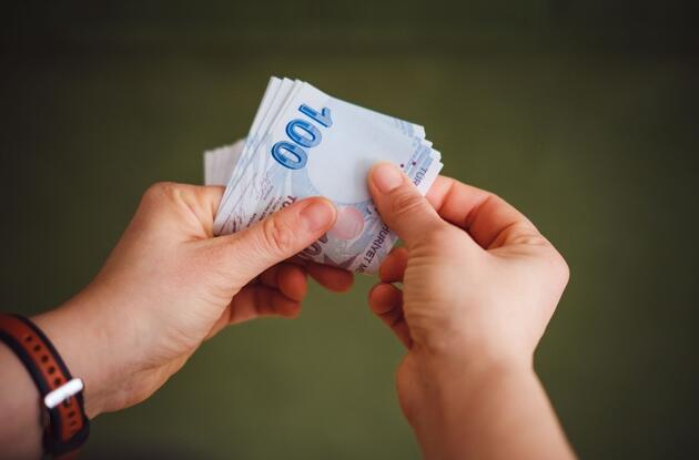 Maaşlarını brüt üzerinden alanlar dikkat! İşte aylara göre çalışan maaşları