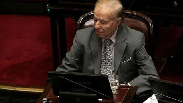'Türk' lakabıyla bilinen eski Arjantin Devlet Başkanı Menem hayatını kaybetti