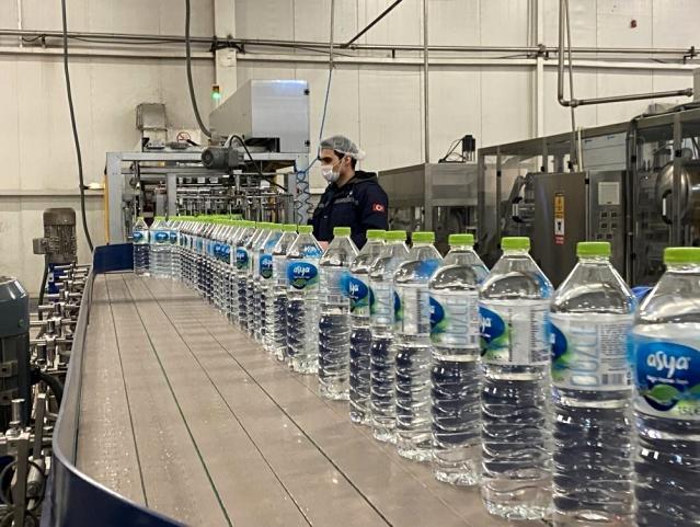 10 bin km uzaktaki ada Düzce'nin suyunu içiyor