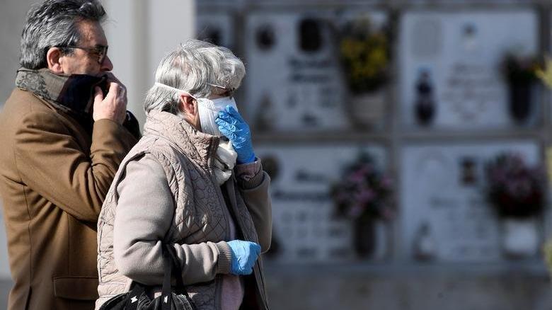 İtalya'da corona virüsü kurbanları anıldı