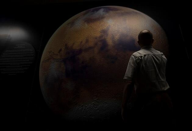 NASA'nın Mars görevinde imzası olan Türk bilim insanı: Prof. Dr. Behçet Açıkmeşe