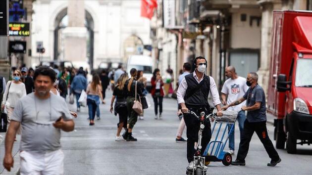 Bilim insanları duyurdu: İtalya yanlış insanları aşıladı