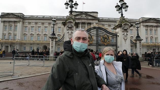 İngiltere'de koronavirüsten can kaybı son 7 ayın en düşük seviyesinde