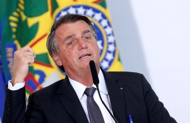 Hıçkırık tutması nedeniyle hastaneye kaldırılmıştı: Bolsonaro'dan ilk fotoğraf